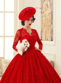 Красные свадебные платья 2015: 156 фото красных и красно-белых платьев