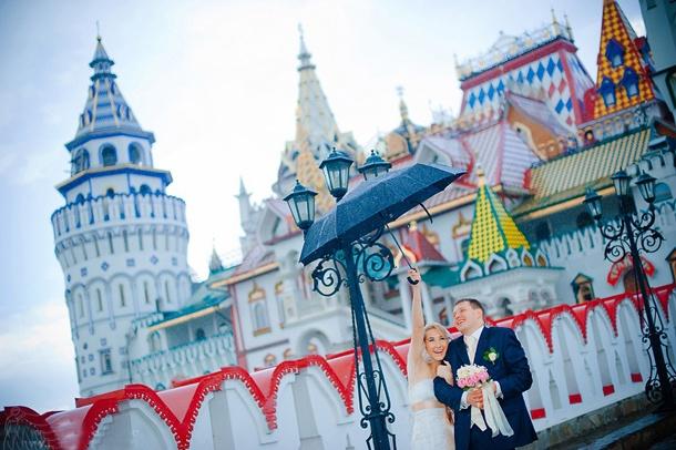 Свадебная фотосессия в КРК Кремль в Измайлово