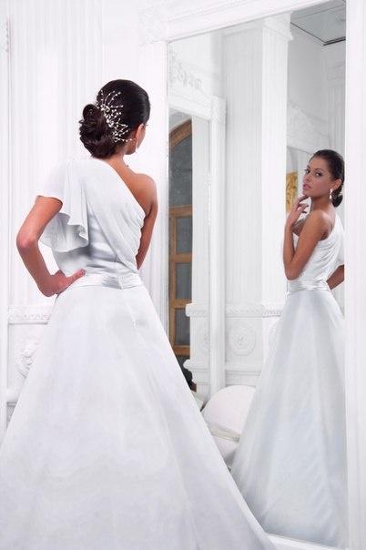 0aa75678325 Свадебное платье от 9990 руб. предлагают сшить в салоне-ателье «Валентина».