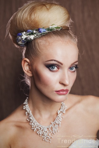 http://svadba-msk.ru/img/common/r/file/325x0x0/2014/07/17/53c7ba7112468.jpg